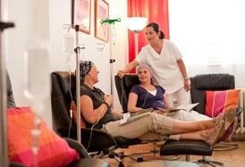 Therapie in angenehmer Atmosphäre unter professioneller Aufsicht